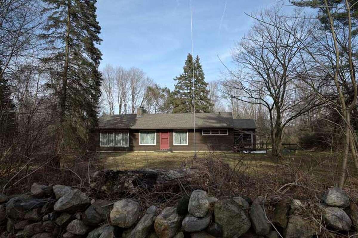 House at 180 Tackora Trail, Ridgefield, Conn. Thursday, March 28, 2019.