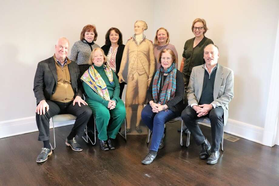 Revisiting the Founding Era Planning Committee, with special guest Alexander Hamilton. Back row, from left to right: Sharon Dunphy, Ridgefield Historical Society; Lesley Lambton, Ridgefield Library; Hilary Micalizzi, Keeler Tavern Museum; Hildi Grob, Keeler Tavern Museum. Front row, left to right: Todd Brewster, Connecticut Project for the Constitution; Sara Champion, Drum Hill Chapter of the DAR; Laurie McGavin Bachmann, Ridgefield Library; Peter Bachmann, Connecticut Project for the Constitution