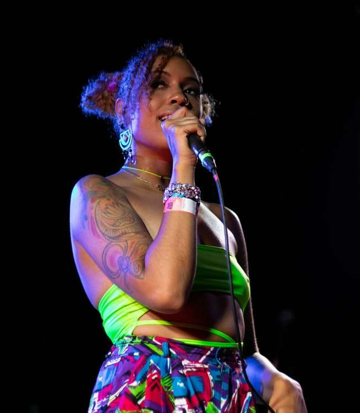 Singer EimaraL Sol