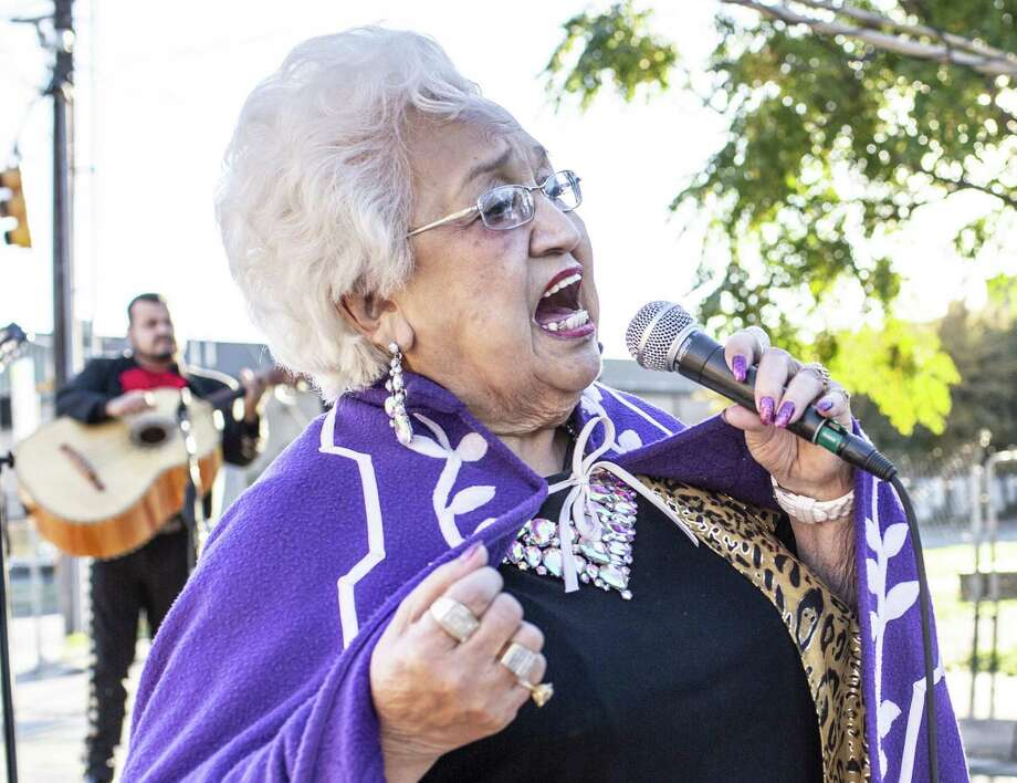 Las Tesoros de San Antonio member Blanquita Rodriguez has been named a National Heritage Fellow. Photo: Express-News File Photo / © Matthew Busch