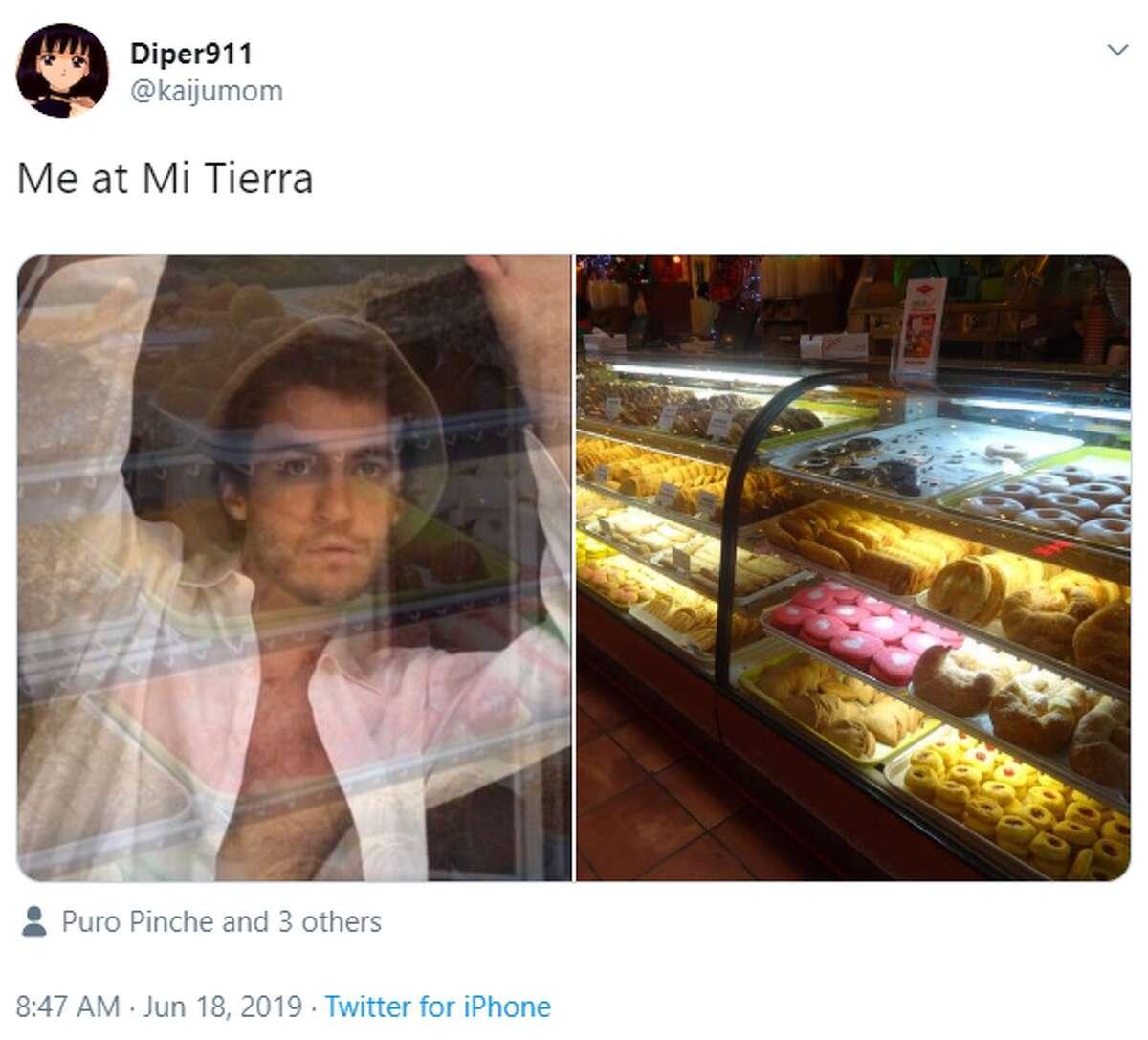@kaijumom: Me at Mi Tierra