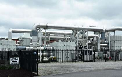 Restructuring firm airs possible FuelCell bankruptcy