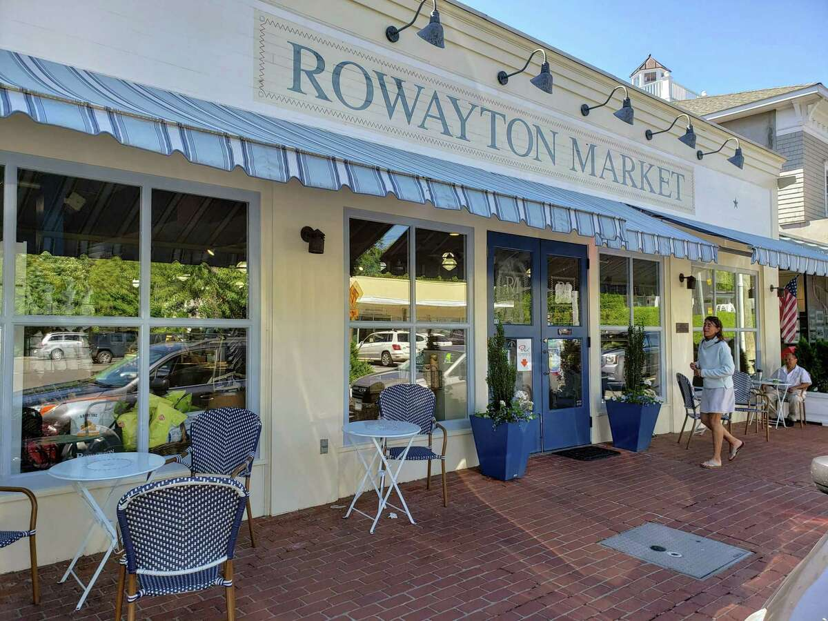 The Rowayton Market is a close-by source of picnic supplies for Shakespeare on the Sound.