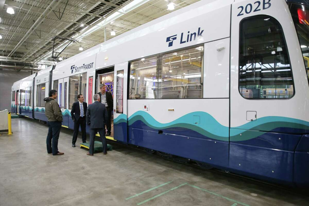 Due to vandalism, light rail trains will experience delays until Thursday.
