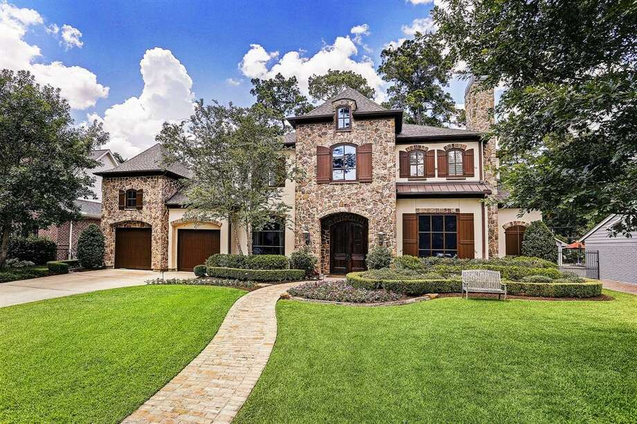 Central Houston: Memorial11830 Longleaf Lane, Houston / $1,975,000Zoned to: Memorial High SchoolSchool Rating: 8Neighborhood Median Home Value: $1,061,750 Photo: Houston Association Of Realtors