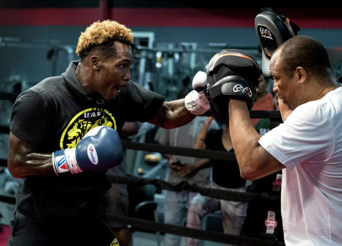 PHOTOS: A look at Jermall Charlo's workout on Wednesday WBC Middleweight Champion Jermall Charlo works out with trainer Ronnie Shields in preparation for his upcoming fight against against Brandon Adams on Wednesday, June 19, 2019, in Houston. Charlo and Adams will face off on June 29 at NRG Arena. Browse through the photos above for a look at Jermall Charlo's workout in preparation for his fight against Brandon Adams on June 29 at NRG Arena ...