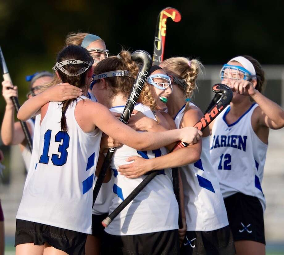 Darien's back into familiar final four formation. Courtesy Darien Athletic Foundation / (c)Mark Maybell