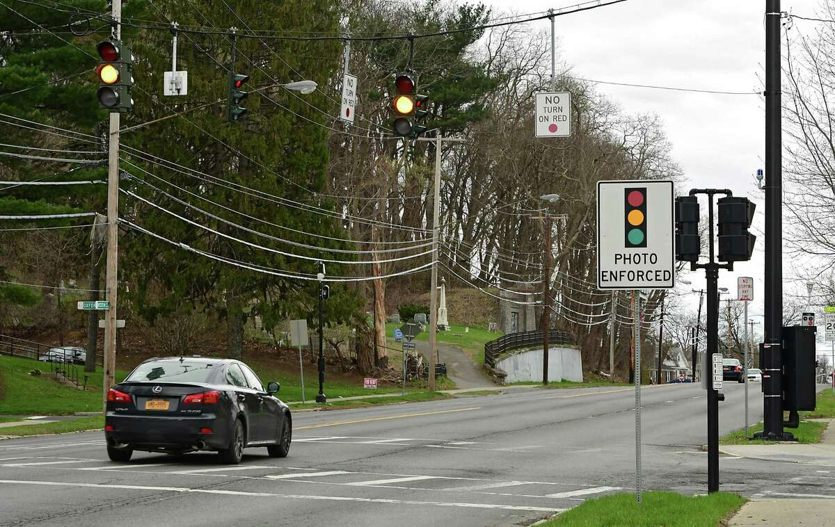 A car goes through a yellow light on Western Ave. at Russell Rd. on Thursday, April 18, 2019 in Albany, N.Y. (Lori Van Buren/Times Union)