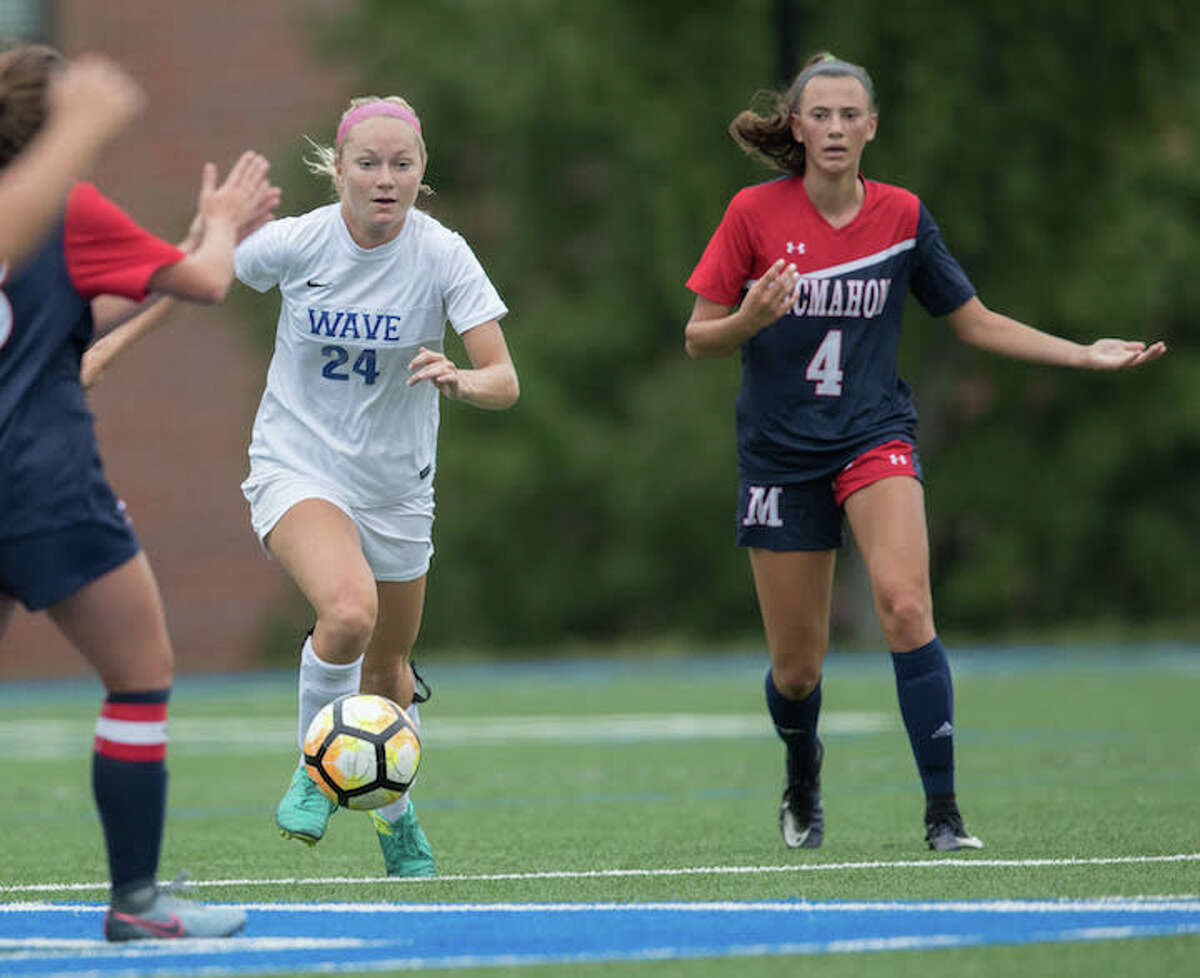 Eva Finn is a physical defender for the Wave. Courtesy Darien Athletic Foundation
