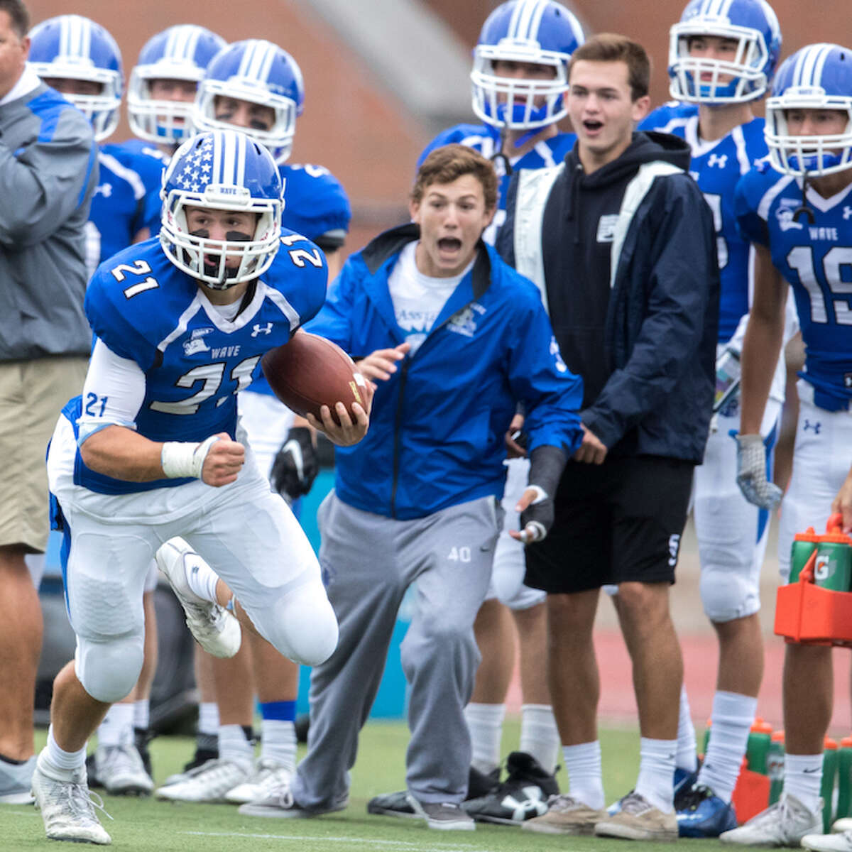 Mitch Pryor runs as strong as anyone in the league. Courtesy Darien Athletic Foundation