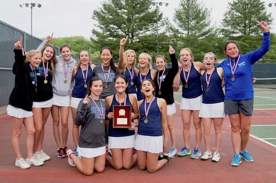 Wave wins again, back as repeat FCIAC Champions at Wilton on Tuesday. Courtesy Bambi Riegel