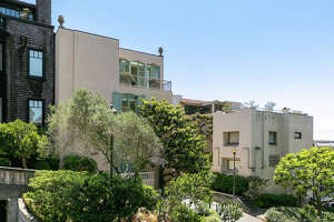 Retro glam at the top of Russian Hill: The Pineapple House asks $6.9M