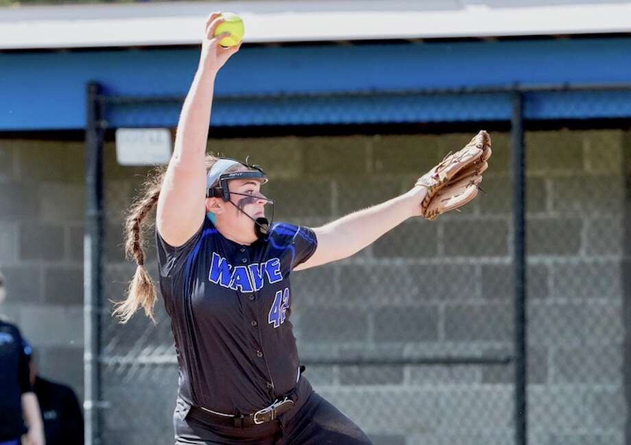 Sophia Barbour lets fly. Courtesy Darien Athletic Foundation / (c)Mark Maybell