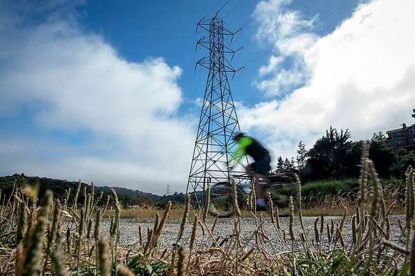 After safety check, PG&E replacing Marin County power towers