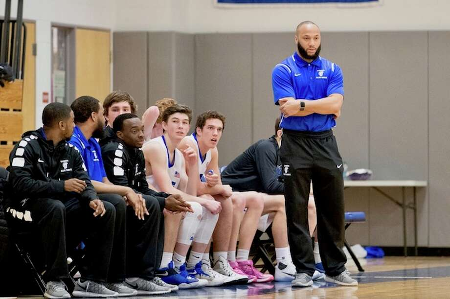 Wave coach Charoy Bentley presided over Darien's best season in decades. Courtesy Darien Athletic Foundation / (c)Mark Maybell
