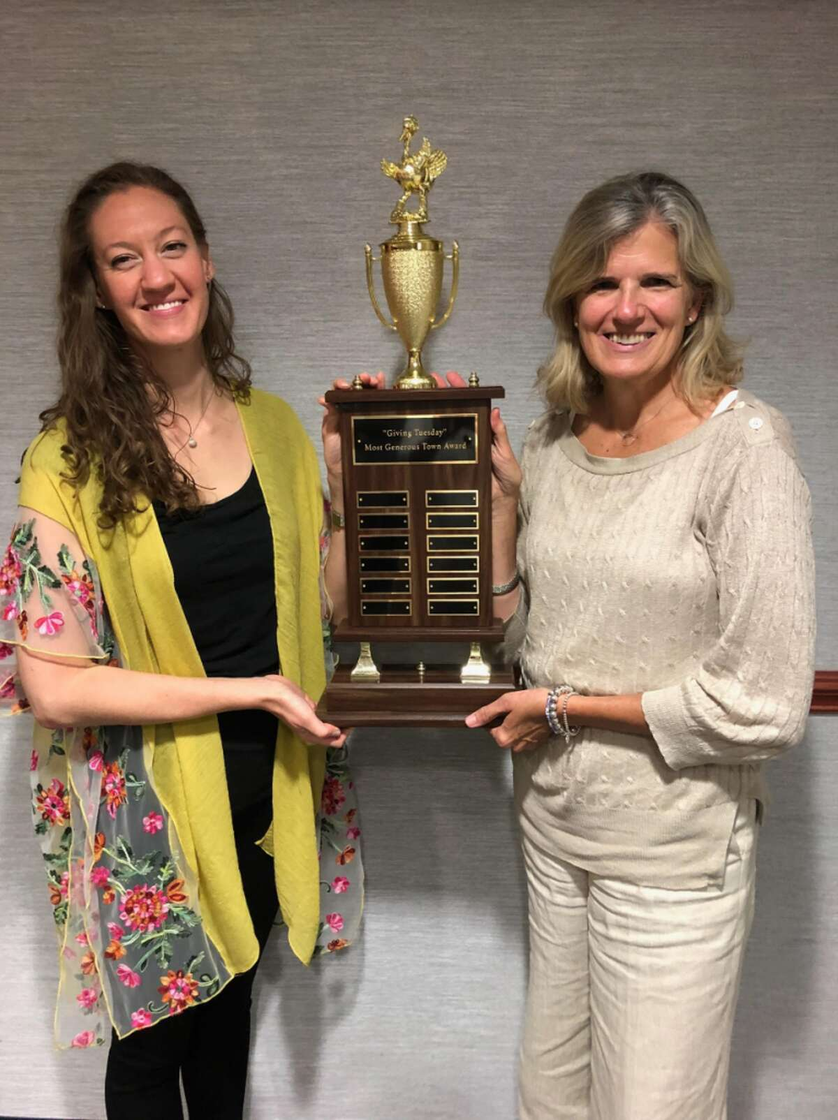Lauren Patterson (left) and Janet King with trophy; photo cred: Laurie Orem