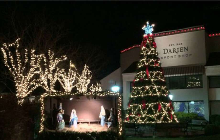 Darien Sport Shop's 40th annual tree lighting this year is cosponsored by Parks & Rec.