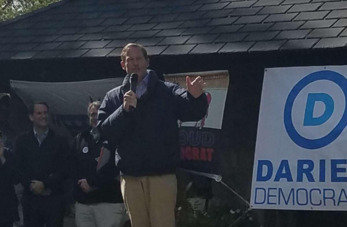 Sen. Richard Blumenthal at Darien Democrats' rally last Sunday - all photos Sandra Diamond Fox