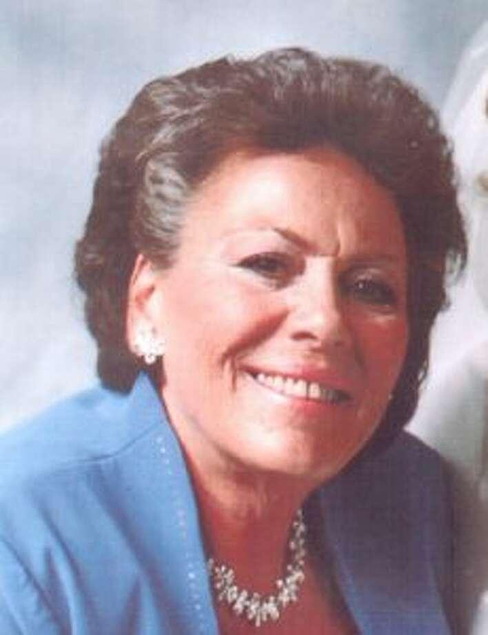 Linda Saverine Santarella