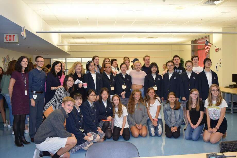 Darien and Chinese students during their November 2017 Darien High School visit.