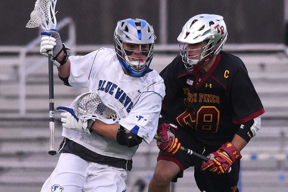 Blake Sommi (8), shown in action against Torrey Pines, Cal., will play for Tufts University next season. — Dave Stewart photo