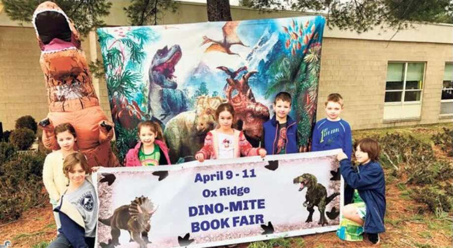 Jack Turowski, Reagan Zimmer, Mia Roe, Juliette Turowski, Parker Zimmer, Owen Wyson and Landon Roe show their support for the book fair.