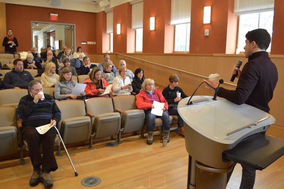 State Rep. Matt Blumenthal chatted with Darien residents, answered their questions and addressed their concerns Saturday at Darien Library. — Jarret Liotta/Hearst Connecticut Media