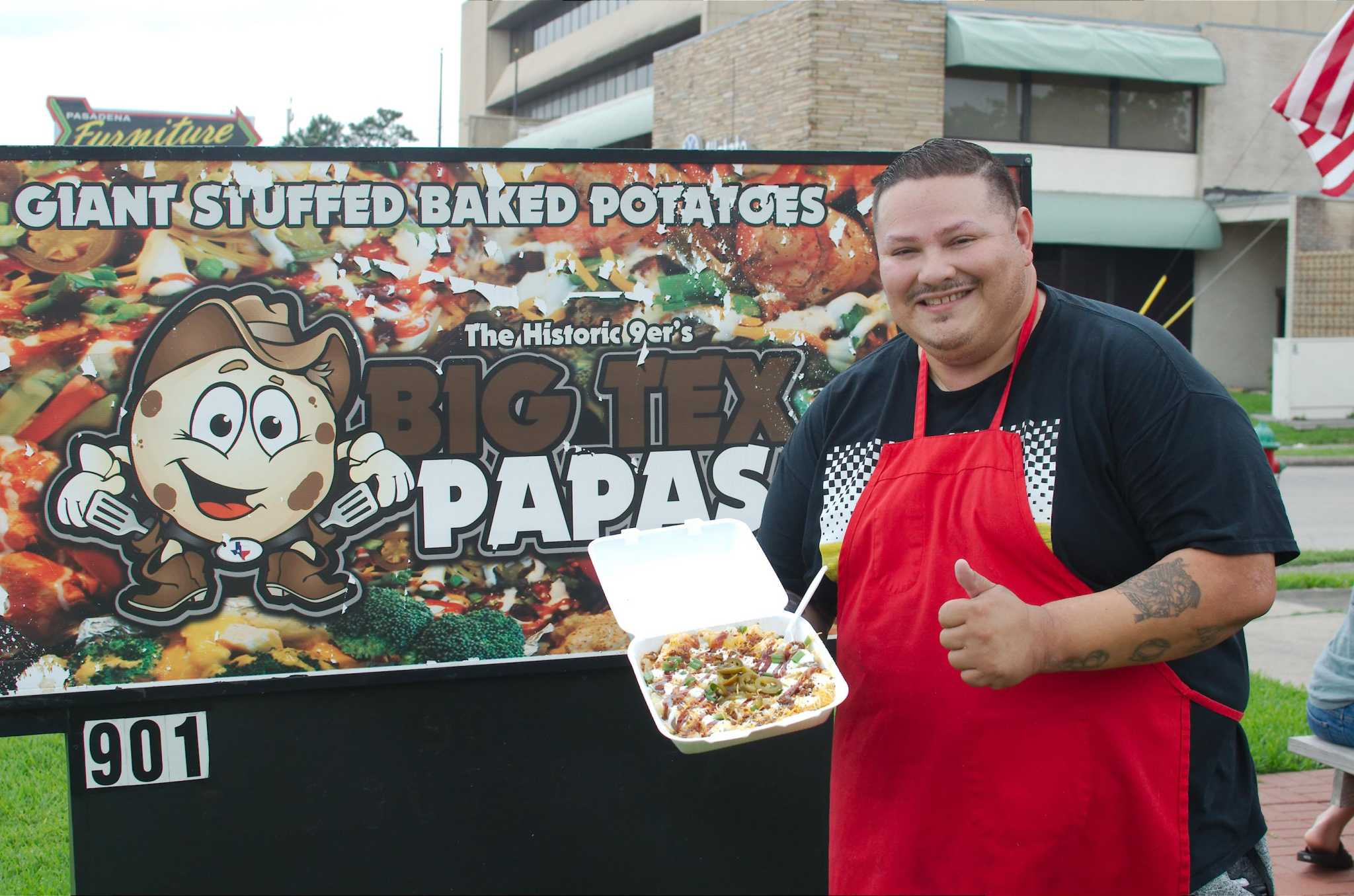 Pasadena eatery finds starchy success with mammoth spuds
