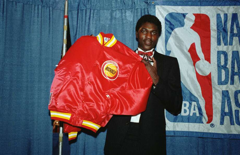 PHOTOS: Akeem Olajuwon in 1984