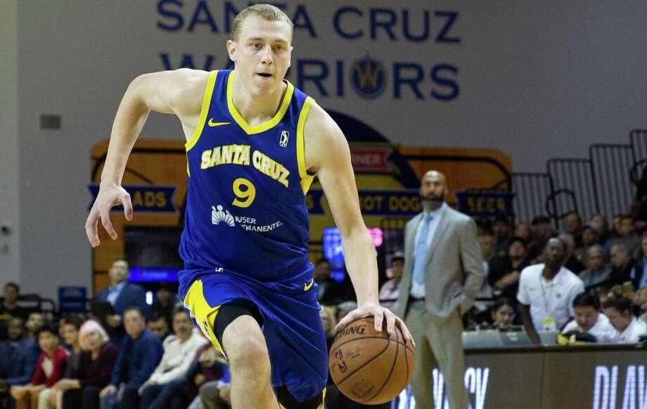 Alen Smailagic, 18, is emerging as an NBA draft prospect with the Santa Cruz Warriors. Photo: Courtesy Of Santa Cruz Warriors