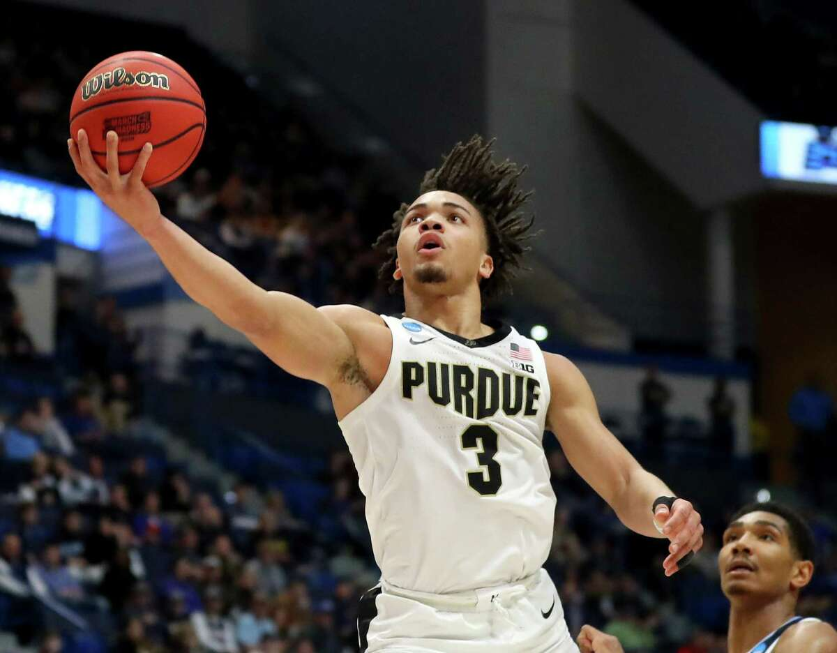 HOUSTON HIGH SCHOOL STUDENTS SELECTED IN NBA DRAFTS Carsen Edwards High school:Atascocita High School College:Purdue Draft:2ndround (No. 33 overall) by Celtics in 2019