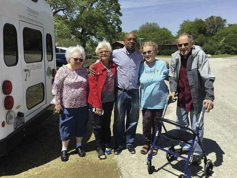 Treemont residents traveled to Galveston and enjoyed the sunshine.