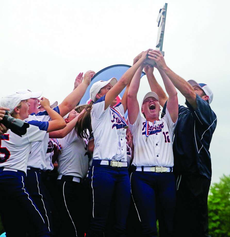 The Unionville-Sebewaing Area softball team defeated Kalamazoo Christian, 3-1, on June 15 clinching its sixth title in program history. Photo: Mike Gallagher/Huron Daily Tribune