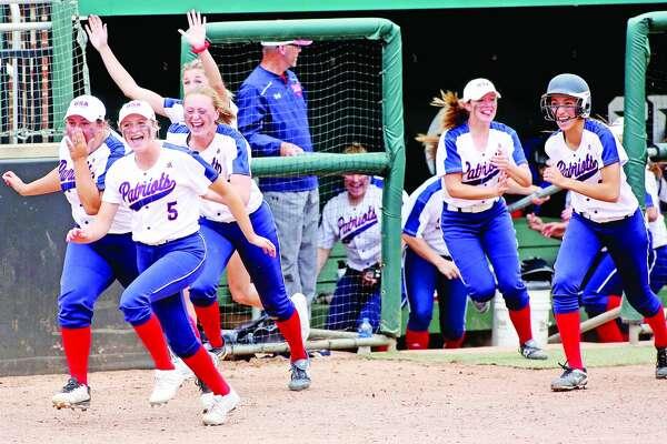 The Unionville-Sebewaing Area softball team defeated Kalamazoo Christian, 3-1, on June 15 clinching its sixth title in program history.