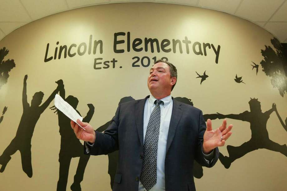 Montgomery ISD Superintendent Beau Rees speaks during the grand opening for Lincoln Elementary School on Tuesday, Aug. 7, 2018, in Montgomery. Photo: Michael Minasi, Staff Photographer / Houston Chronicle / © 2018 Houston Chronicle