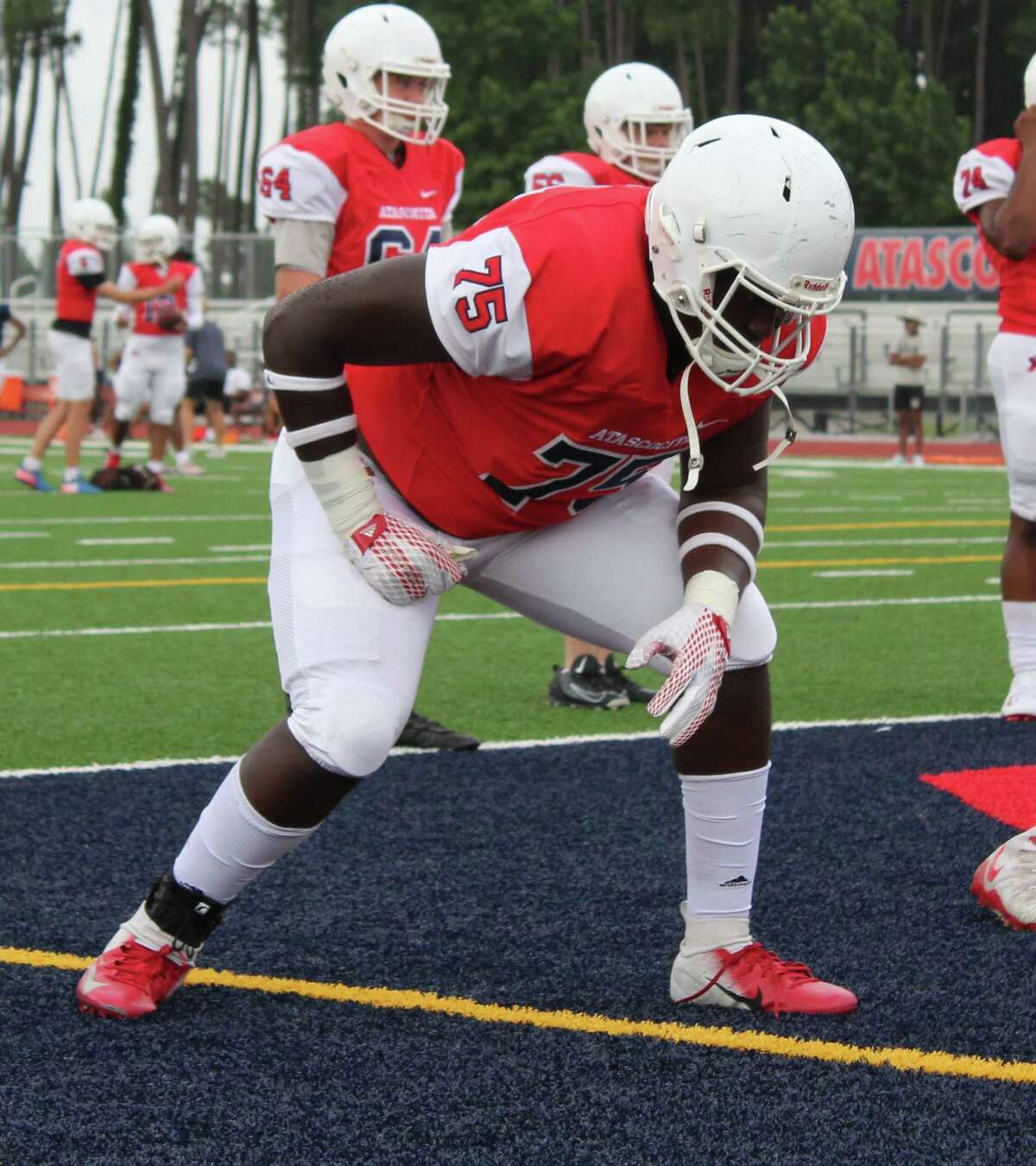 Atascocita offensive lineman Kameron Dewberry started at left tackle for the Eagles during his freshman season. He's setting up to be the next big offensive lineman in the country.