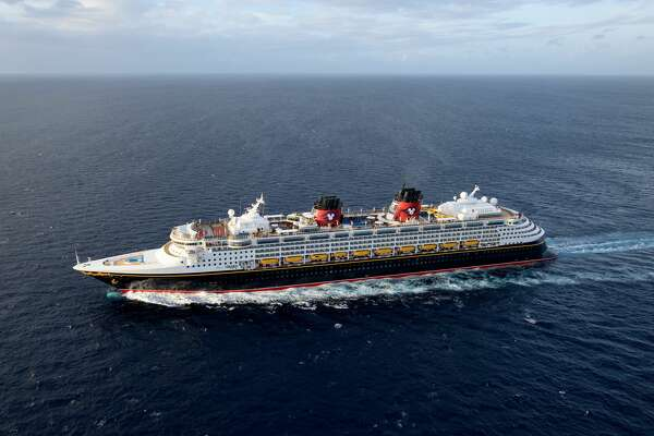 The Disney Wonder blends the elegant grace of early 20th century transatlantic ocean liners with contemporary design to create a stylish and spectacular cruise ship. Source: Disney Cruise Line