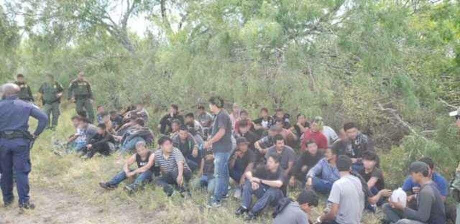 Un grupo de 110 personas fueron rescatadas por la Patrulla Fronteriza y otras agencias el 18 de junio de 2019. Photo: Foto De Cortesía /Patrulla Fronteriza