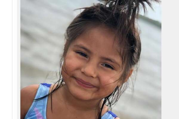 Border Patrol agents separated 4-year-old Briana from her father in March 2019 after apprehending them near Roma. They imprisoned her father for crossing illegally, sending the child to a federal shelter in Michigan.