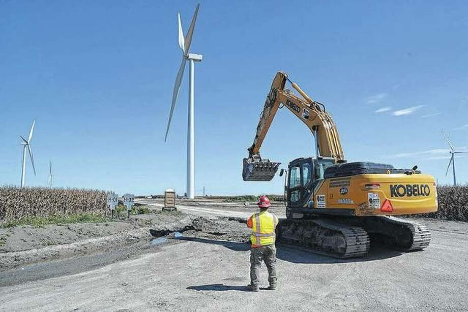 Crews construct turbines and access roads at Hilltopper Wind Farm near Mount Pulaski in 2018. Photo: David Blanchette | Journal-Courier
