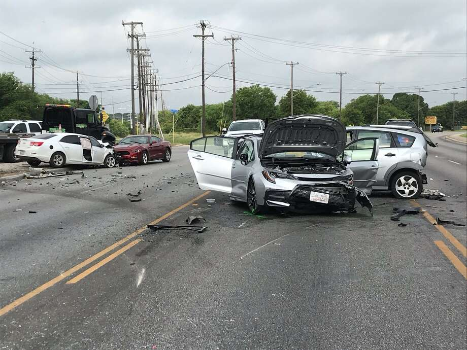 Suspect in fatal 4-vehicle crash identified as 18-year-old male now