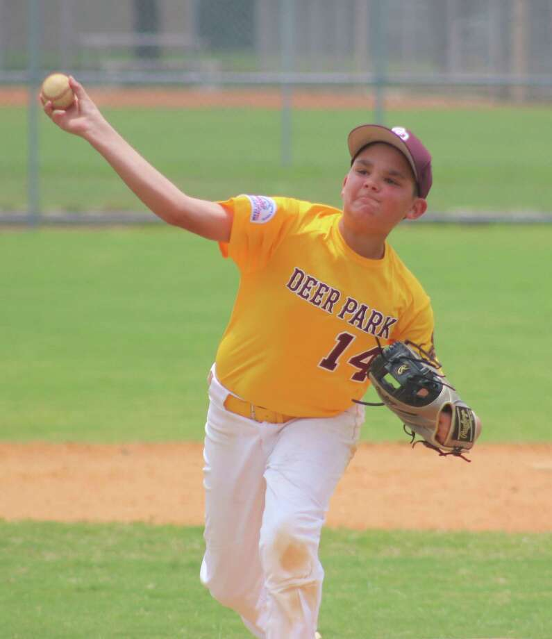 Deer Park 11s all-star Rome Gatlin shows his form that led to a three-hitter Saturday. Gatlin didn't allow an earned run and permitted just three singles. Photo: Robert Avery