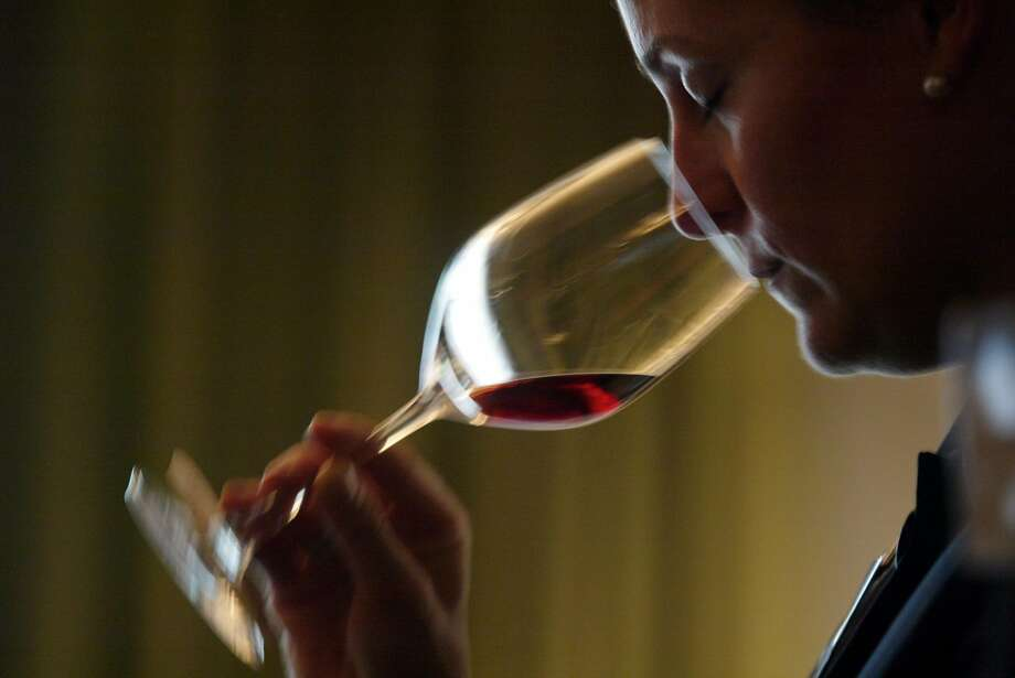 Christie Dufault was a sommelier at Gary Danko in 2004. Photo: Chris Stewart / The Chronicle 2003