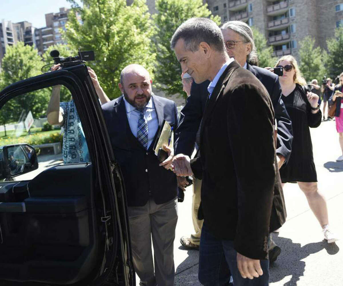 Fotis Dulos exits after making an appearance at Connecticut Superior Court in Stamford, Conn. Wednesday, June 26, 2019. Photo: Tyler Sizemore / Hearst Connecticut Media