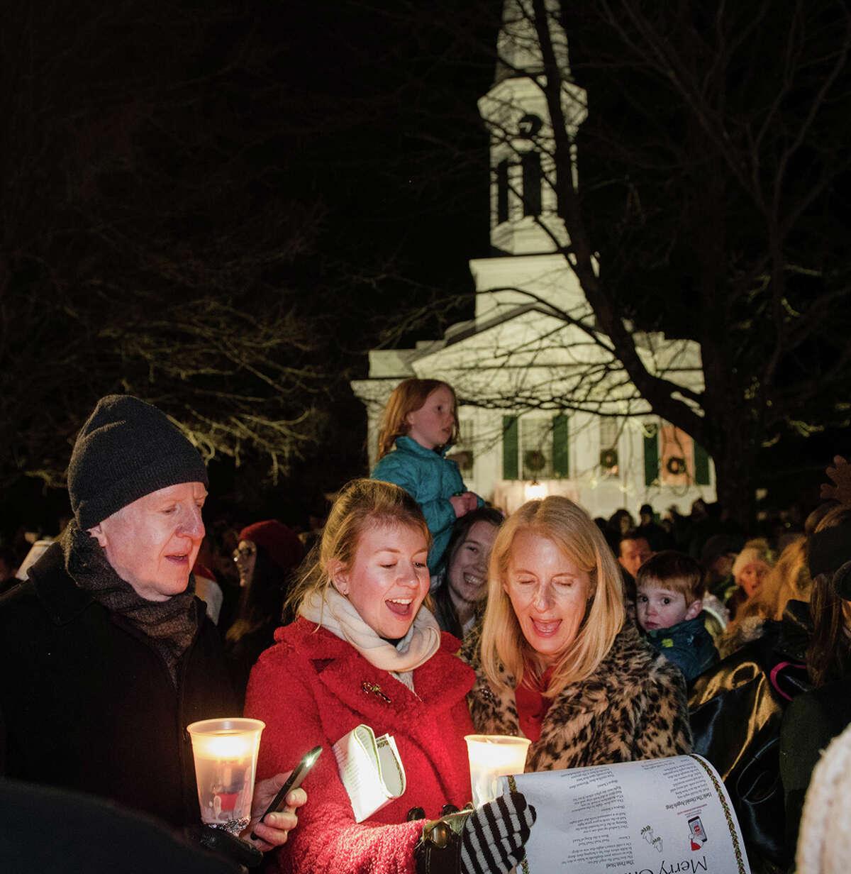 Christmas carols on God's Acre December 24, 2018