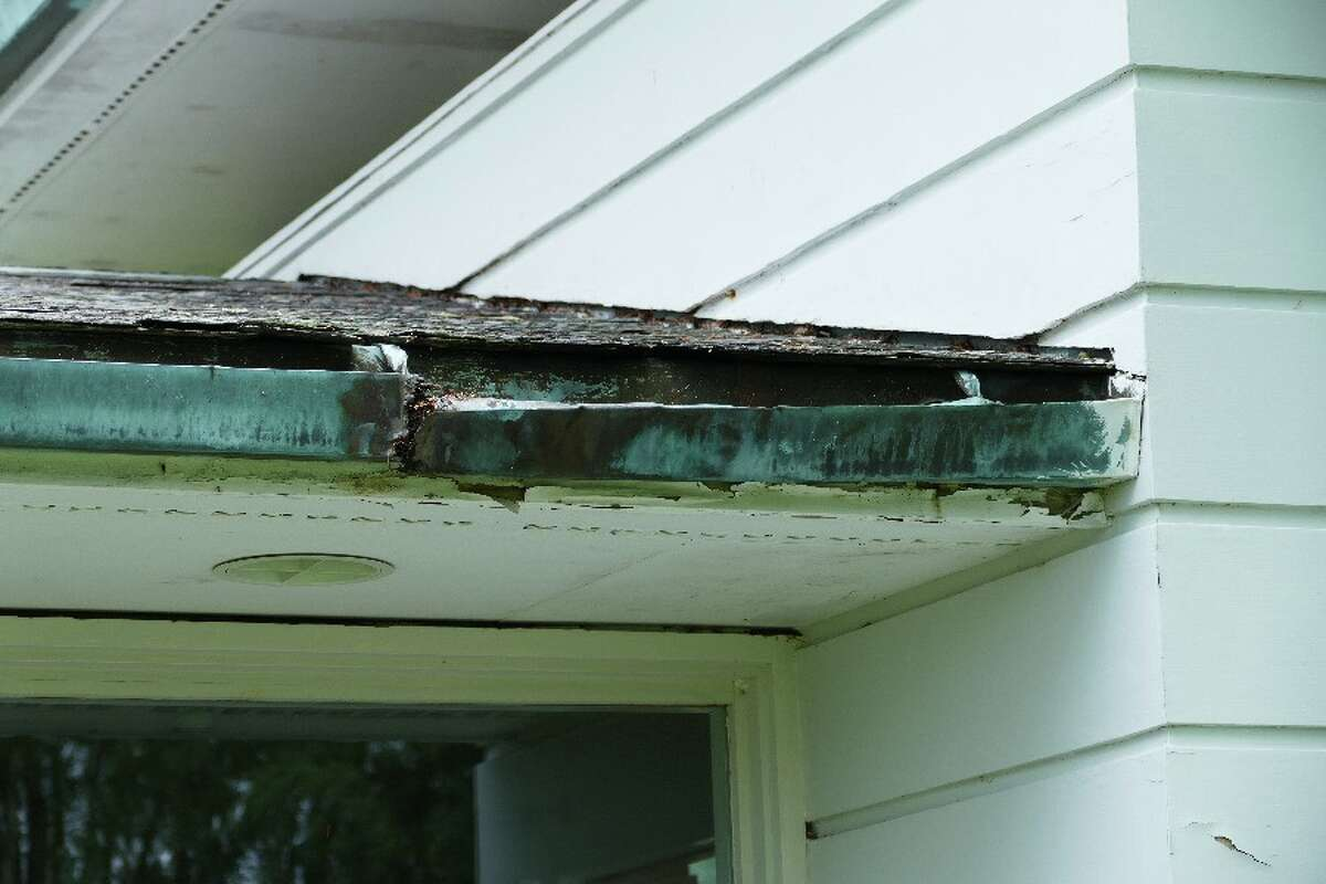 Broken gutter on Gores Pavilion.
