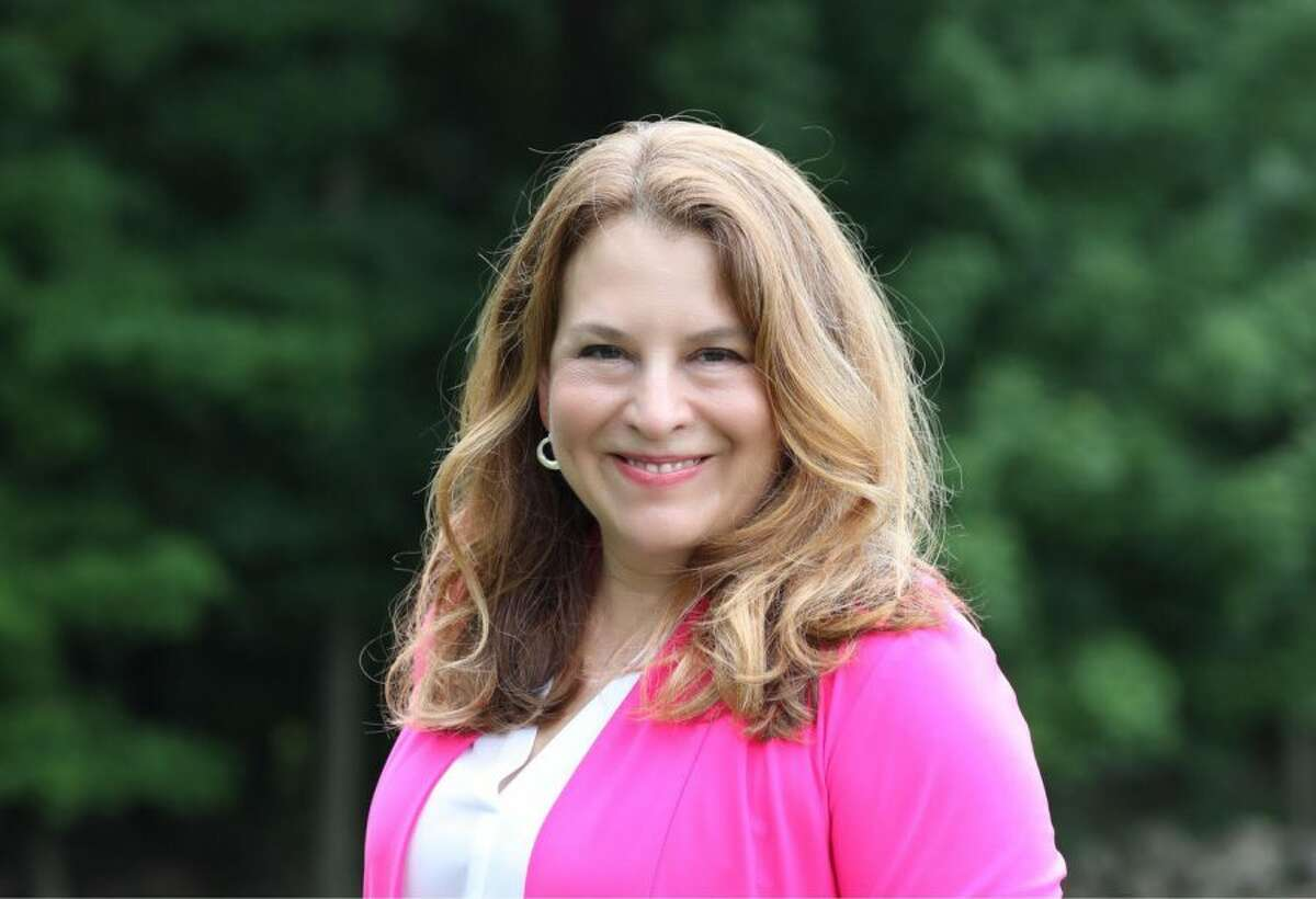 Democrat Lucy Dathan proposes a Connecticut Public Option for healthcare. Lucy Dathan