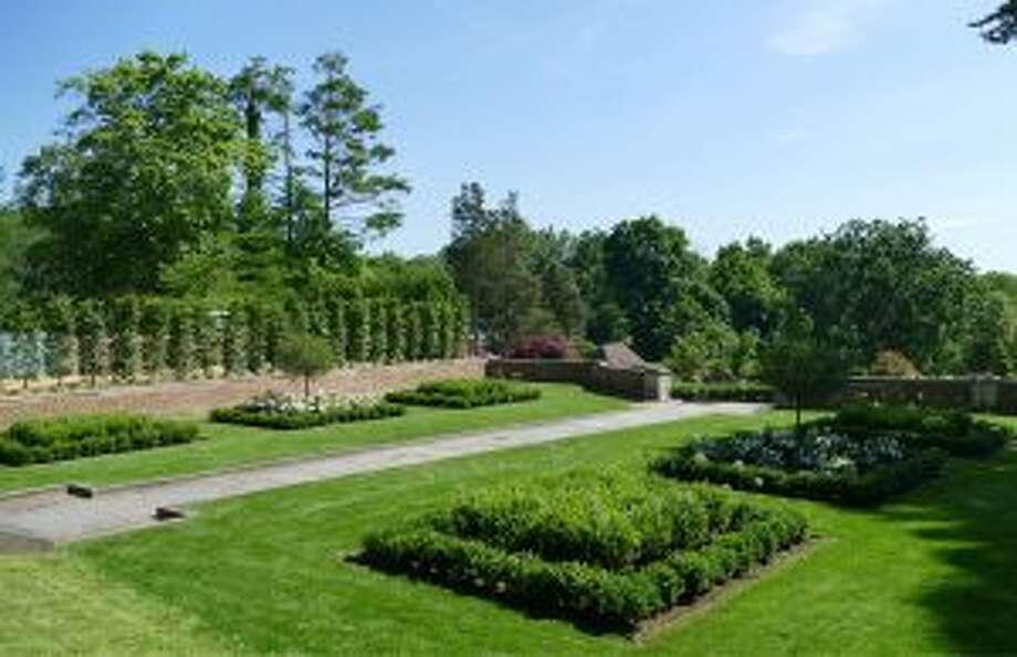 Waveny's new Parterre garden . — Grace Duffield photo