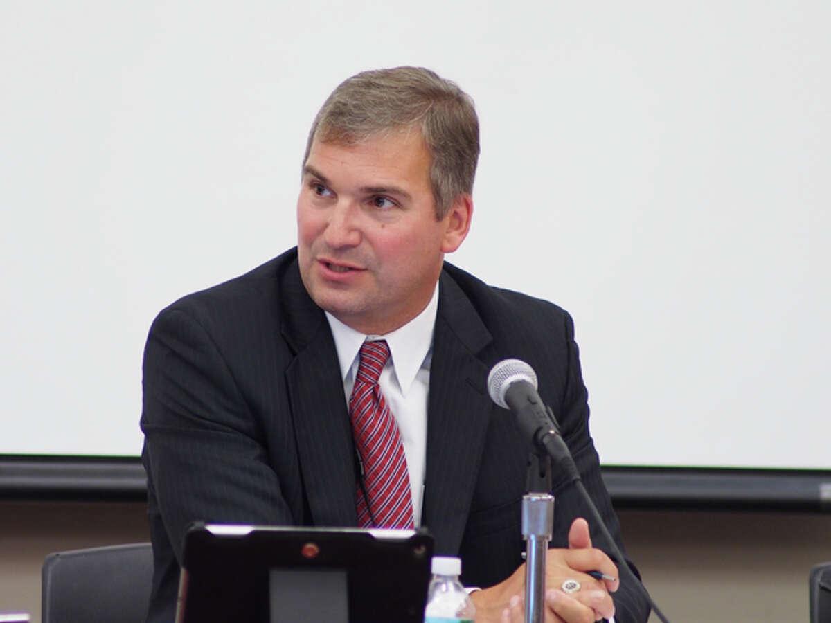 Dr. Bryan Luizzi