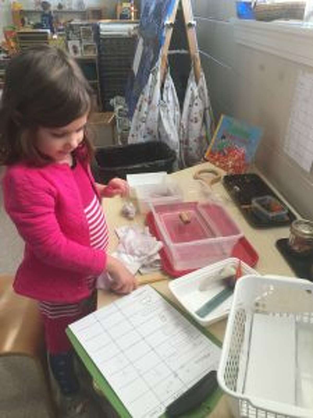 New Canaan: A preschooler plays with STEAM.